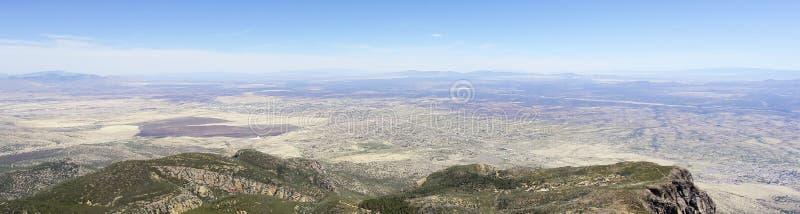 Ένα εναέριο πανόραμα της οροσειράς Vista, Αριζόνα, από το φαράγγι Carr στοκ εικόνες