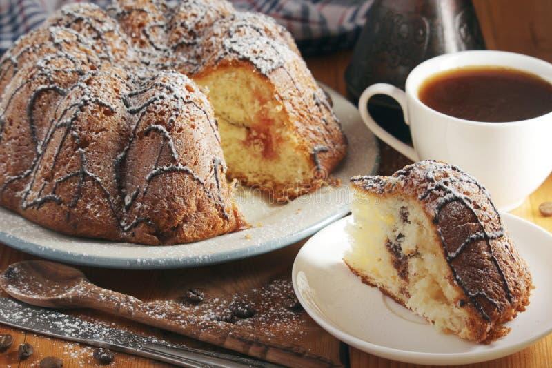 Ένα κέικ μπισκότων με τη σοκολάτα στοκ φωτογραφία