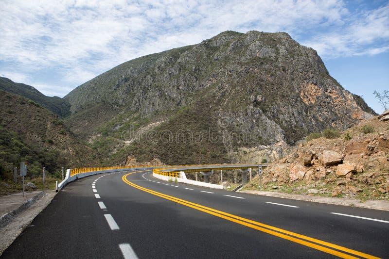 Ένα και μισός δρόμος παρόδων του Μεξικού στοκ φωτογραφία