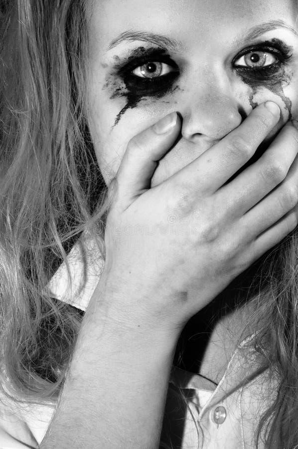 Ένα καταθλιπτικό νέο κορίτσι στοκ φωτογραφία με δικαίωμα ελεύθερης χρήσης
