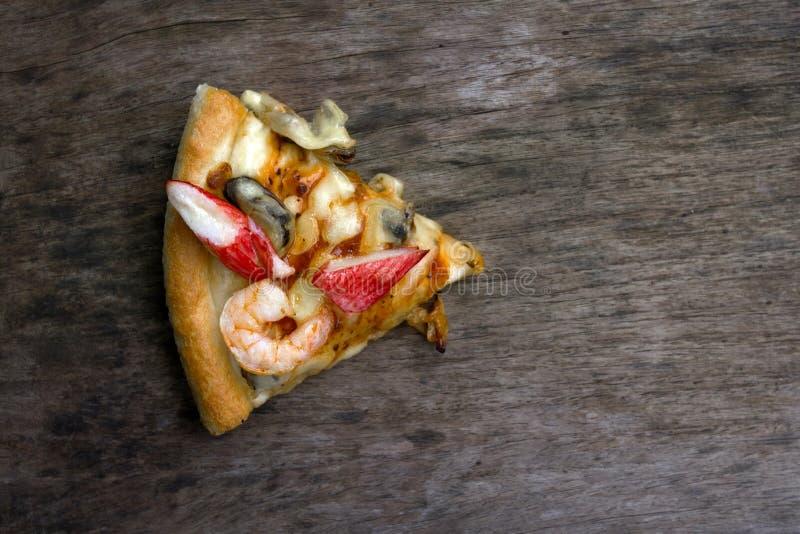 Ένα κομμάτι της πίτσας στοκ εικόνες