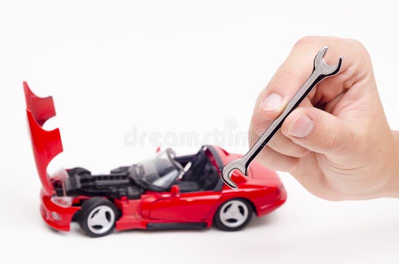 Ένα μεγάλο εργαλείο για την επισκευή αυτοκινήτων στοκ εικόνα με δικαίωμα ελεύθερης χρήσης