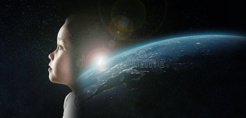 Ένα μικρό κορίτσι στο διάστημα στοκ εικόνες με δικαίωμα ελεύθερης χρήσης