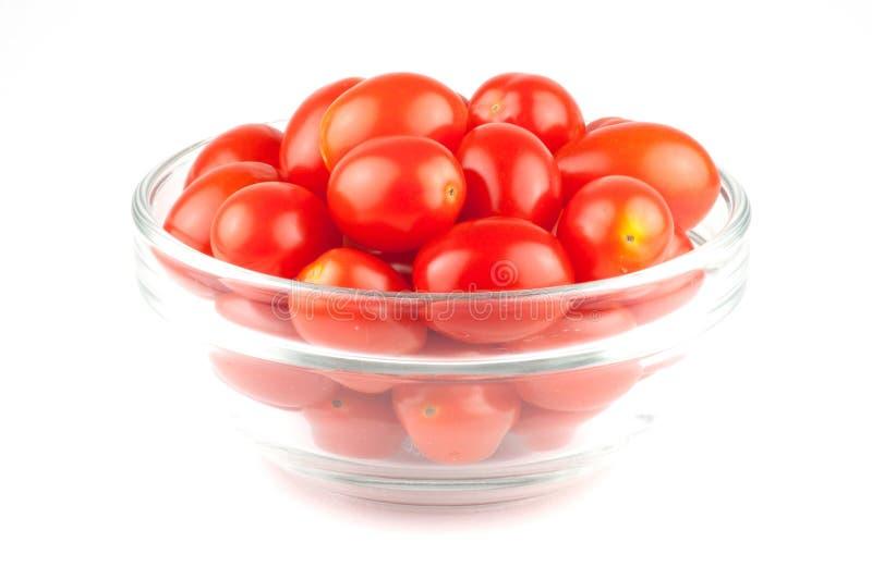 Ένα μικρό κύπελλο των φρούτων ντοματών κερασιών στοκ φωτογραφίες