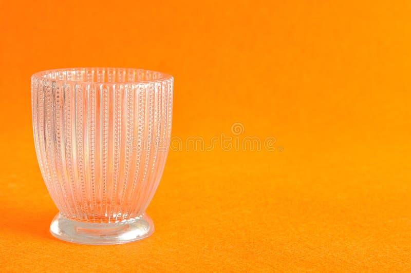 Ένα μικρό φανταχτερό βάζο γυαλιού στοκ εικόνα