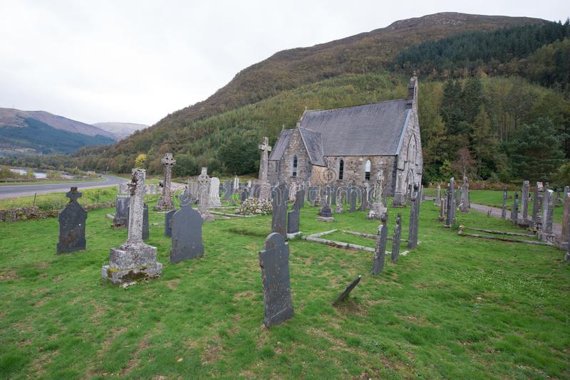 Ένα μόνο νεκροταφείο στις σκωτσέζικες ορεινές περιοχές στοκ εικόνες