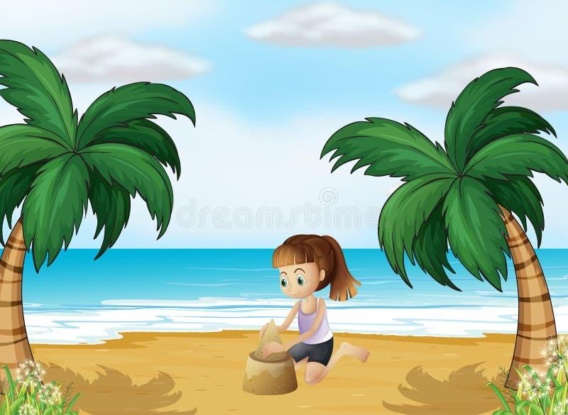Ένα νέο κορίτσι που διαμορφώνει ένα κάστρο άμμου στην παραλία ελεύθερη απεικόνιση δικαιώματος