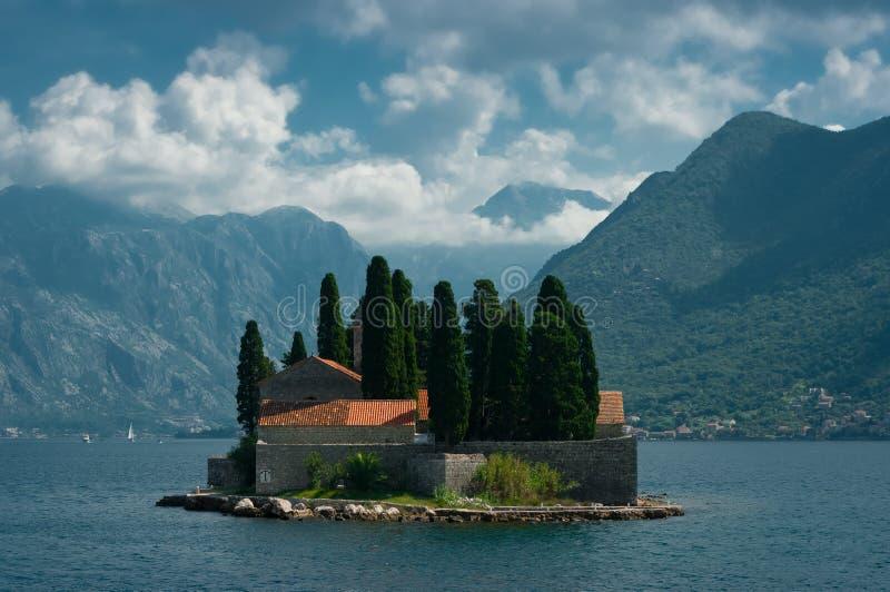 Ένα νησί αποκαλούμενο SV Djordje στοκ εικόνες