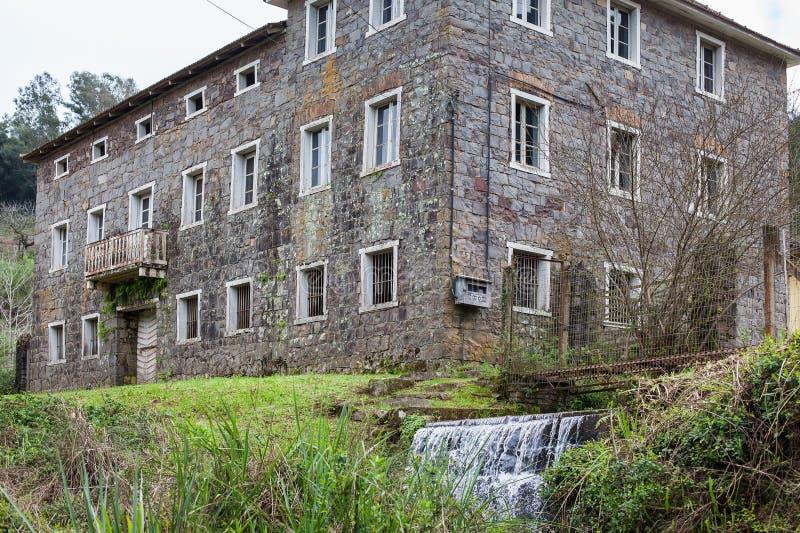 Ένα παλαιό εγκαταλειμμένο σπίτι πετρών στο Rio Grande κάνει τη Sul - τη Βραζιλία στοκ εικόνες