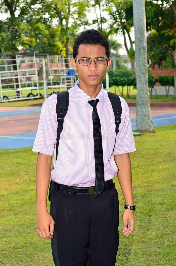 Ένα πορτρέτο ενός ασιατικού φοιτητή πανεπιστημίου στοκ φωτογραφία