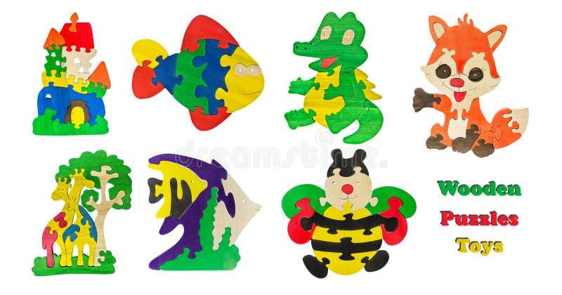 Ένα σύνολο ξύλινων παιχνιδιών παιδιών ` s απομόνωσε το άσπρο υπόβαθρο Ξύλινα παιχνίδια γρίφων κολάζ διανυσματική απεικόνιση