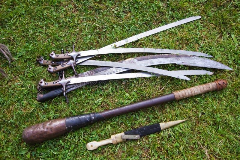Ένα σύνολο Zaporozhian Sich cossack, kozak, δημοφιλή όπλα, ακριβή αντίγραφα των αρχαίων νεκρικών όπλων στοκ φωτογραφία με δικαίωμα ελεύθερης χρήσης