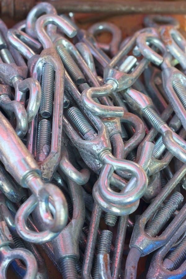 Ένα σύνολο πραγματικών χρησιμοποιημένων ανοξείδωτων κλειδιών στοκ φωτογραφία με δικαίωμα ελεύθερης χρήσης