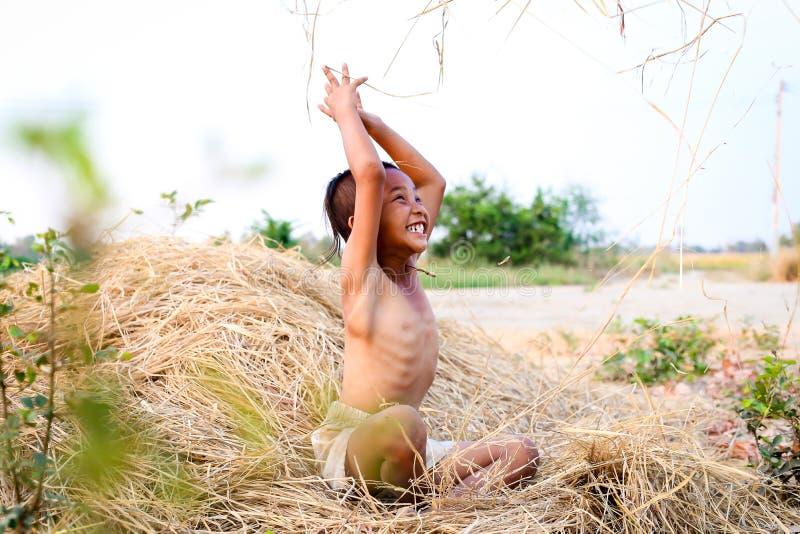 Ένα ταϊλανδικό αρχαίο hairstyle αγοριών στοκ φωτογραφίες με δικαίωμα ελεύθερης χρήσης