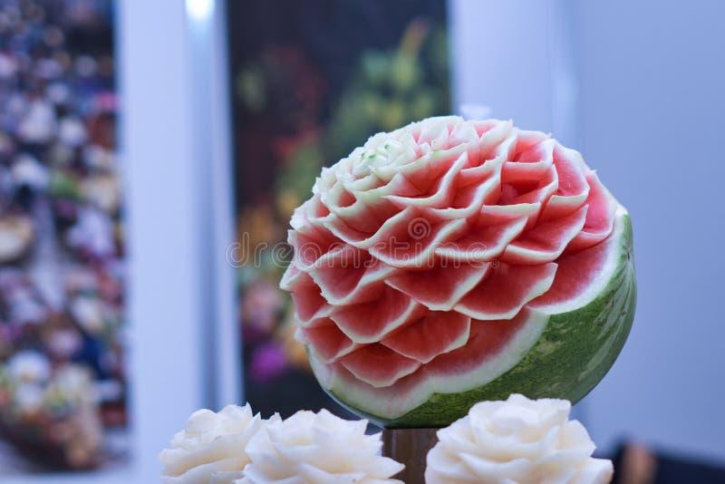 Ένα χέρι - γίνοντα λουλούδι καρπουζιών στοκ φωτογραφία με δικαίωμα ελεύθερης χρήσης