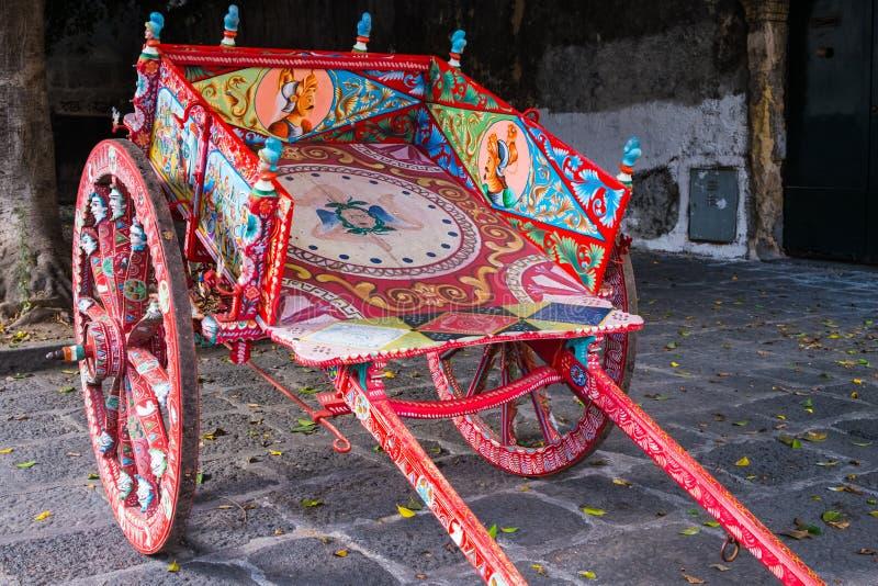 Ένα χαρακτηριστικό siciliano carretto, Σικελία στοκ εικόνες