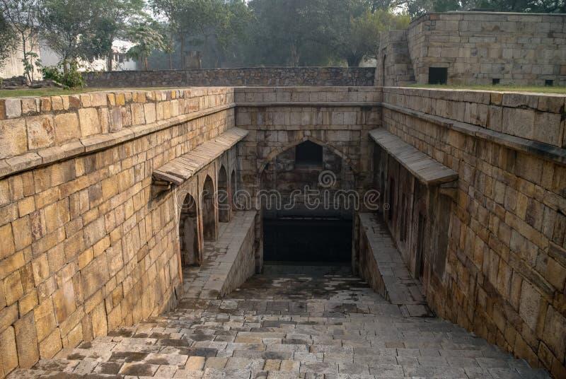 """Ένα """"Baoli """"ή περπατημένος καλά """"σε Purana Qila """"ή το παλαιό οχυρό Δελχί στοκ εικόνες"""