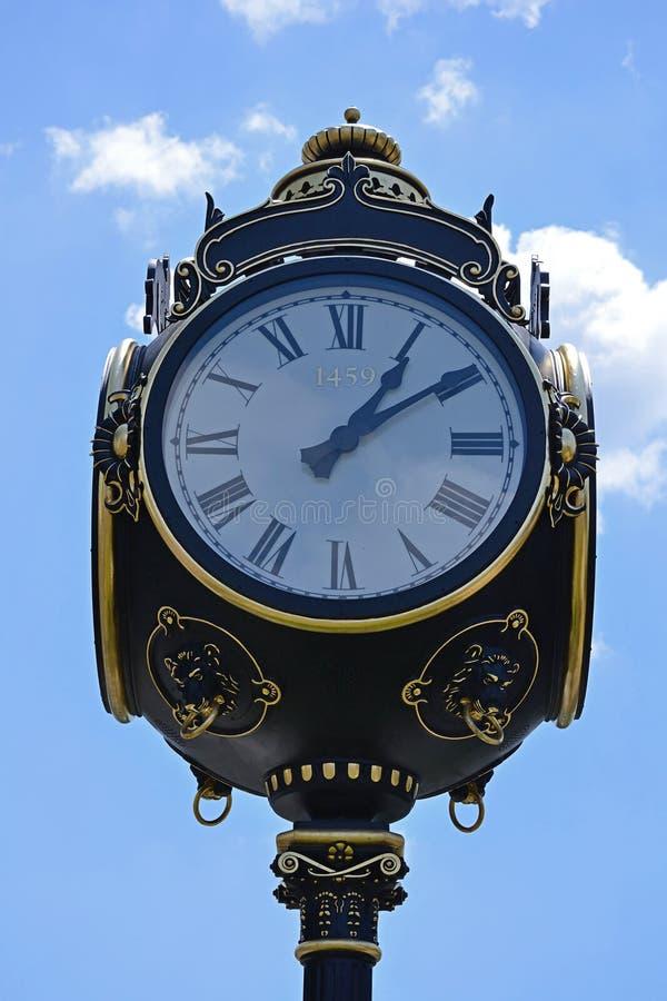 'Ένδειξη ώρασ' πόλεων στοκ φωτογραφία με δικαίωμα ελεύθερης χρήσης