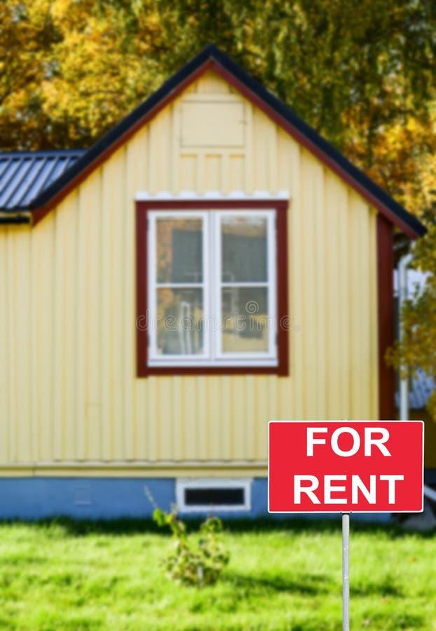 Έννοια ακίνητων περιουσιών - ΜΙΣΘΩΜΑ ή ΜΙΣΘΩΣΗ σπιτιών στοκ εικόνα