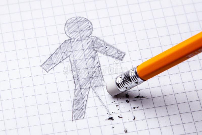 Έννοια Απώλεια ποδιού, ακρωτηριασμός Σχεδιασμός με το μολύβι του ατόμου με ένα σβημένο πόδι στοκ φωτογραφίες με δικαίωμα ελεύθερης χρήσης