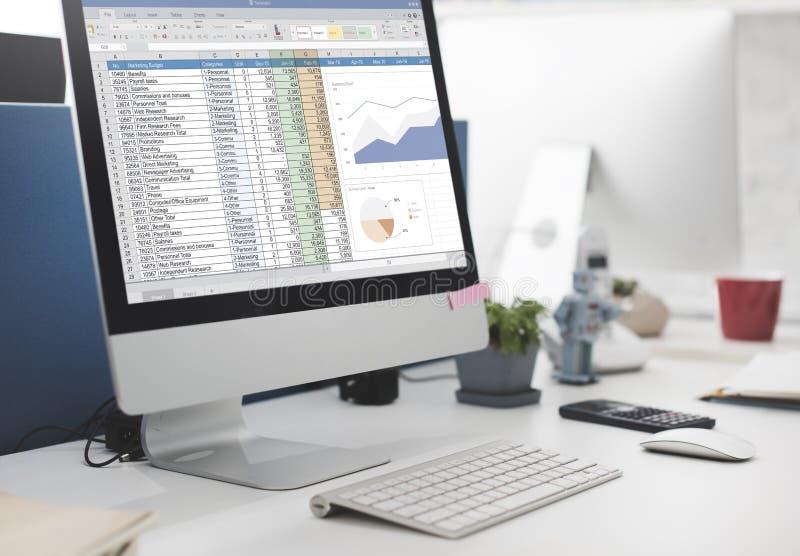 Έννοια αρχείων εκθέσεων προϋπολογισμών μάρκετινγκ υπολογισμών με λογιστικό φύλλο (spreadsheet) στοκ φωτογραφίες με δικαίωμα ελεύθερης χρήσης