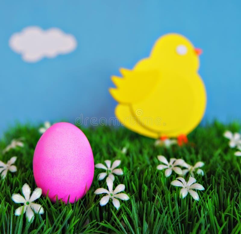 Έννοια αυγών & νεοσσών Πάσχας στοκ φωτογραφία με δικαίωμα ελεύθερης χρήσης