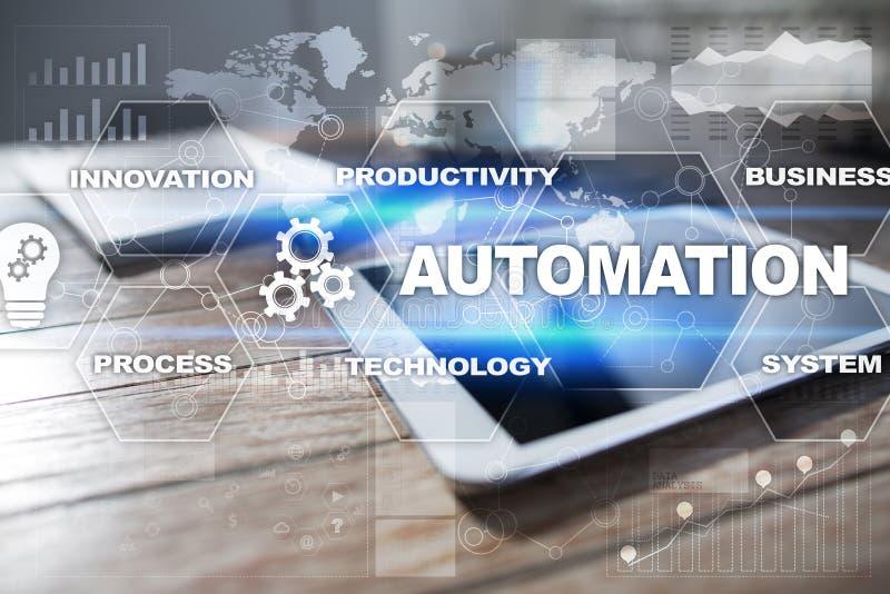 Έννοια αυτοματοποίησης ως καινοτομία, βελτιώνοντας την παραγωγικότητα στις διαδικασίες τεχνολογίας και επιχειρήσεων στοκ φωτογραφία