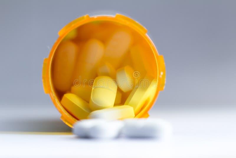 Έννοια για τα χάπια συνταγών στοκ εικόνες