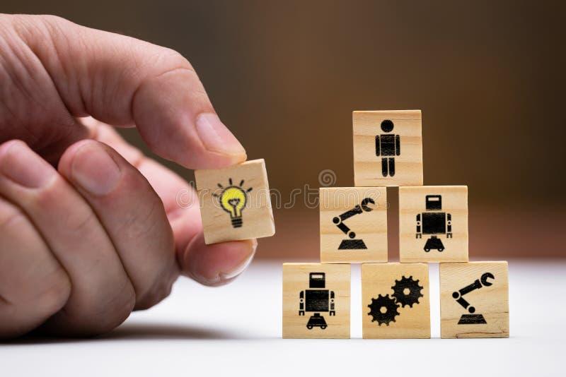 Έννοια για την επιστήμη και την έρευνα, αυτοματοποίηση στη βιομηχανία στοκ εικόνα
