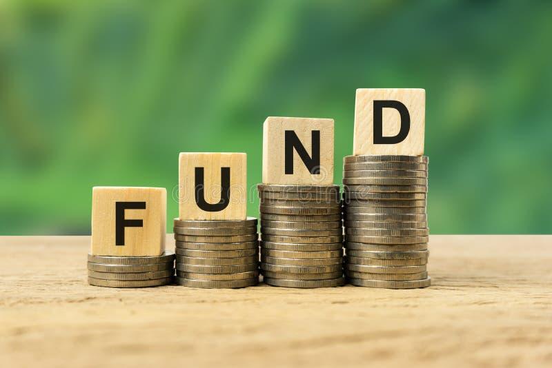Έννοια επένδυσης στα μακροπρόθεσμα κεφάλαια στοκ εικόνες
