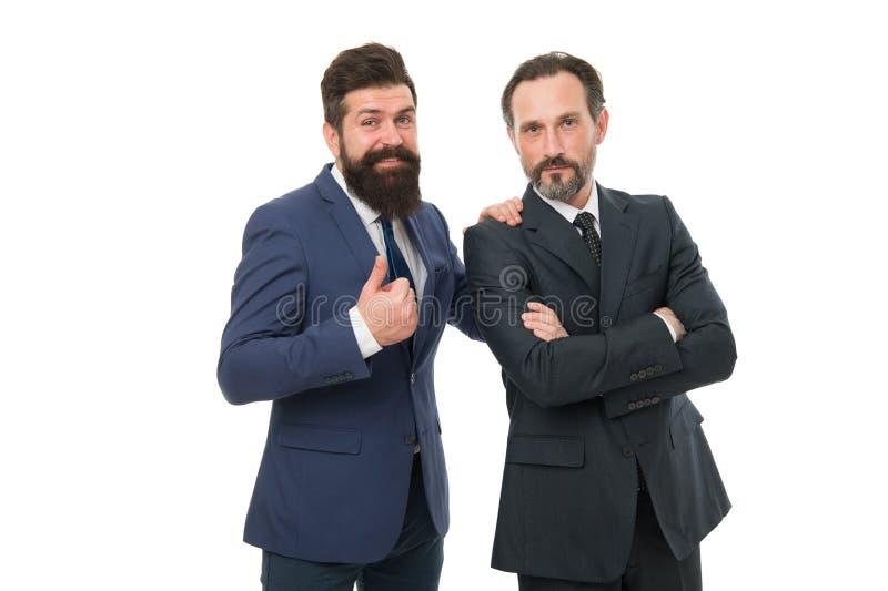 Έννοια επιχειρηματιών Επίσημα κοστούμια ένδυσης ατόμων γενειοφόρα Καλά καλλωπισμένα επιχειρησιακά άτομα Ομαδική εργασία συνεργασί στοκ εικόνες