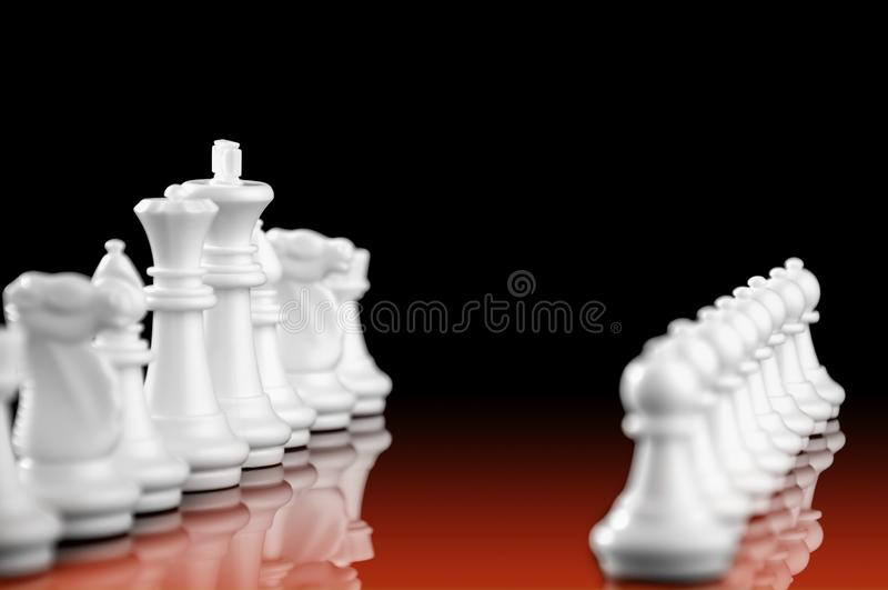 Έννοια επιχειρησιακής στρατηγικής στο μαύρο υπόβαθρο Ιδέα στρατηγικής επιχειρησιακού προγραμματισμού ξεκινήματος με το παιχνίδι σ στοκ φωτογραφία με δικαίωμα ελεύθερης χρήσης