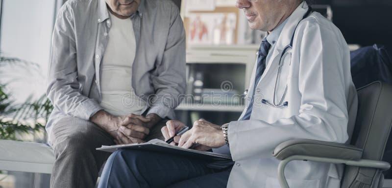 Έννοια ιατρικής υγειονομικής περίθαλψης υγείας γιατρών στοκ φωτογραφίες με δικαίωμα ελεύθερης χρήσης