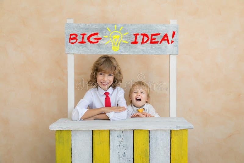 Έννοια ιδέας επιτυχίας, ξεκινήματος και επιχειρήσεων στοκ εικόνα με δικαίωμα ελεύθερης χρήσης