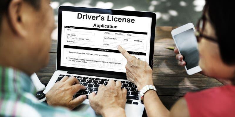 Έννοια μορφής άδειας αίτησης χορηγήσεων άδειας Driver's στοκ εικόνες με δικαίωμα ελεύθερης χρήσης