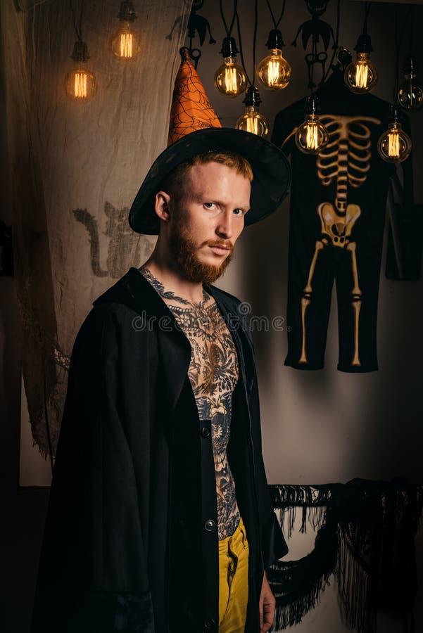 Έννοια μυστηρίου και φρίκης Φανάρι του Jack ο 31 Οκτωβρίου Κάνετε την επάνω και τρομακτική έννοια για το άτομο Μαγικός, enchantme στοκ εικόνες