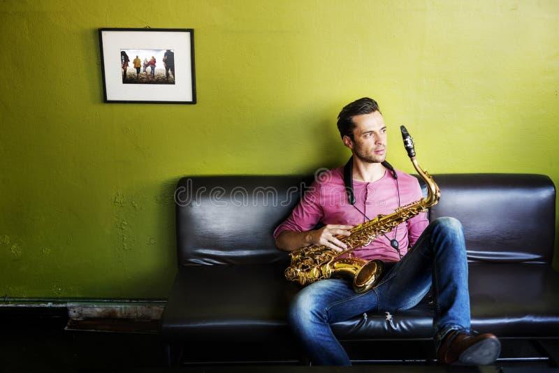 Έννοια πάθους καλλιτεχνών Saxophone Jazz μουσικών στοκ φωτογραφία