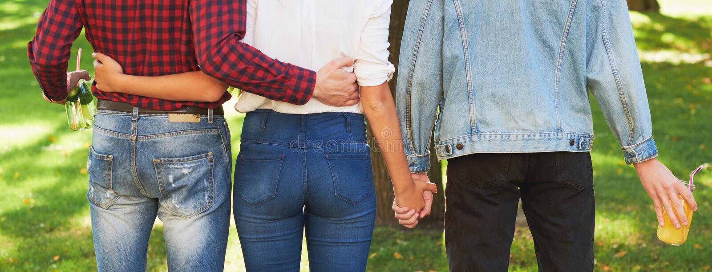 Έννοια πολυγαμίας μοιχείας ζηλοτυπίας αγάπης φιλίας στοκ εικόνες
