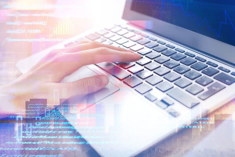 Έννοια προγραμματισμού, υπολογισμού και τεχνολογίας στοκ φωτογραφία με δικαίωμα ελεύθερης χρήσης