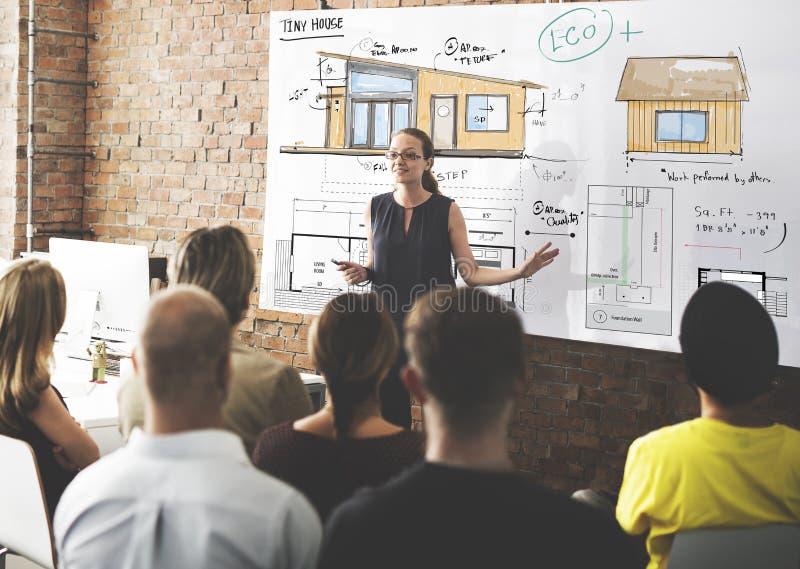 Έννοια σκίτσων σχεδιαγραμμάτων Floorplan σχεδιαγράμματος σπιτιών στοκ εικόνες με δικαίωμα ελεύθερης χρήσης