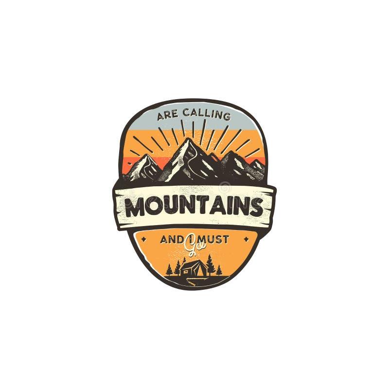 Έννοια σχεδίου λογότυπων ταξιδιού Αναδρομικό ύφος χρωμάτων Διακριτικό περιπέτειας βουνών, πρότυπο λογότυπων ταξιδιού Μπάλωμα στρα απεικόνιση αποθεμάτων