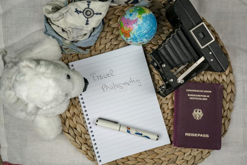 Έννοια σχεδίων ταξιδιού με τον κατάλογο στοκ φωτογραφία με δικαίωμα ελεύθερης χρήσης