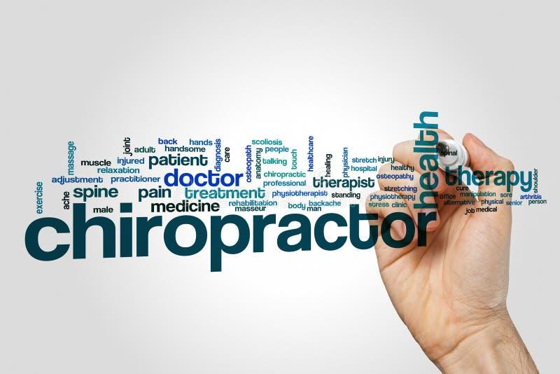 Έννοια σύννεφων λέξης Chiropractor στο γκρίζο υπόβαθρο στοκ εικόνα με δικαίωμα ελεύθερης χρήσης