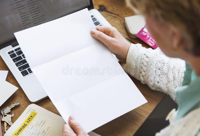 Έννοια σύνδεσης επικοινωνίας αλληλογραφίας ταχυδρομείου επιστολών στοκ φωτογραφία