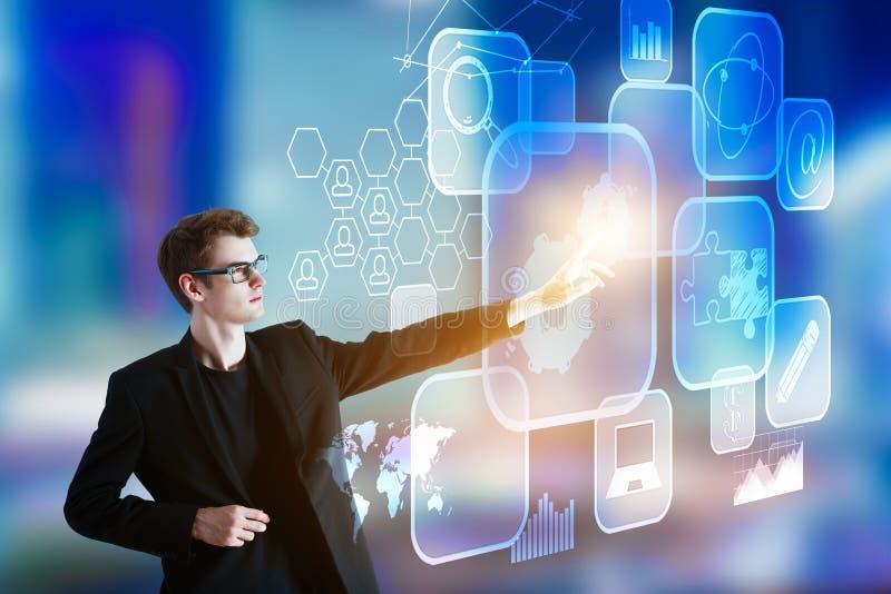 Έννοια τεχνολογίας, καινοτομίας και analytics στοκ εικόνα
