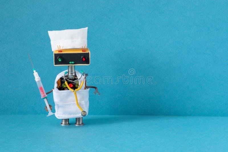 Έννοια της τεχνητής νοημοσύνης της ρομποτικής ιατρικής Ρομποτικός γιατρός με στηθοσκόπιο, εξέταση αίματος στη σύριγγα Μπλε φόντο στοκ φωτογραφία
