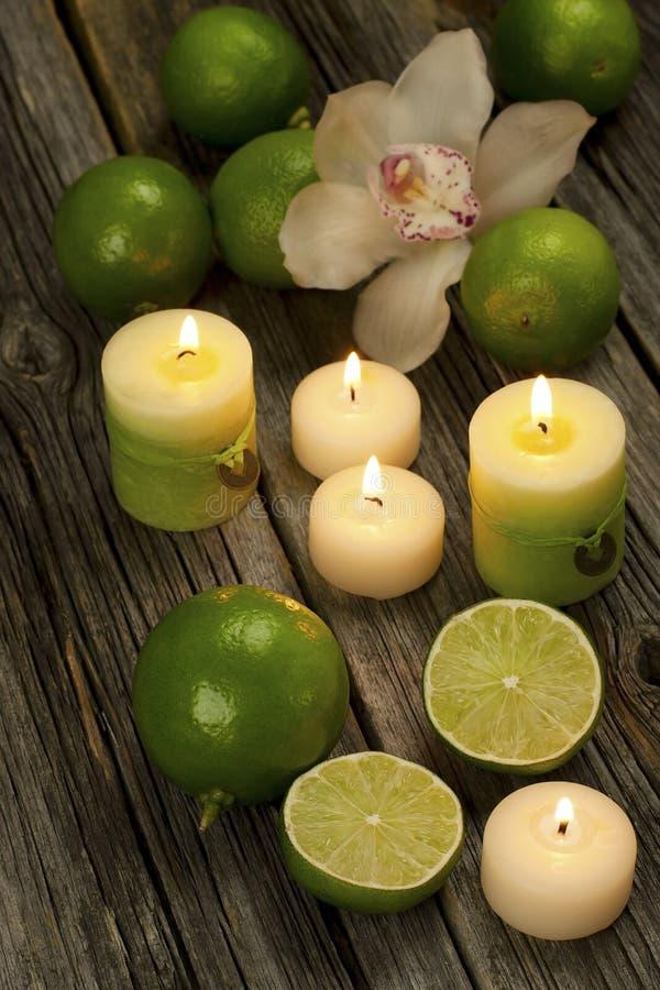 Έννοια SPA με τη ζωή κεριών ακόμα στοκ εικόνα με δικαίωμα ελεύθερης χρήσης