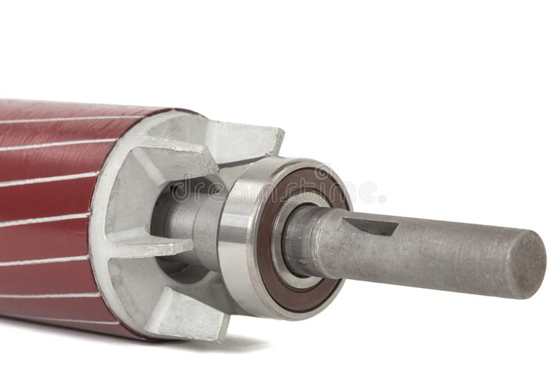 Ένσφαιρος τριβέας στροφέων και του ηλεκτρικού κινητήρα, που απομονώνεται στο άσπρο υπόβαθρο στοκ εικόνες