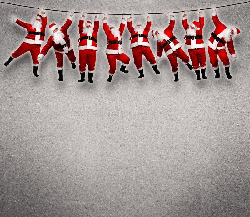 Ένωση Santa Χριστουγέννων στο σχοινί. στοκ φωτογραφίες