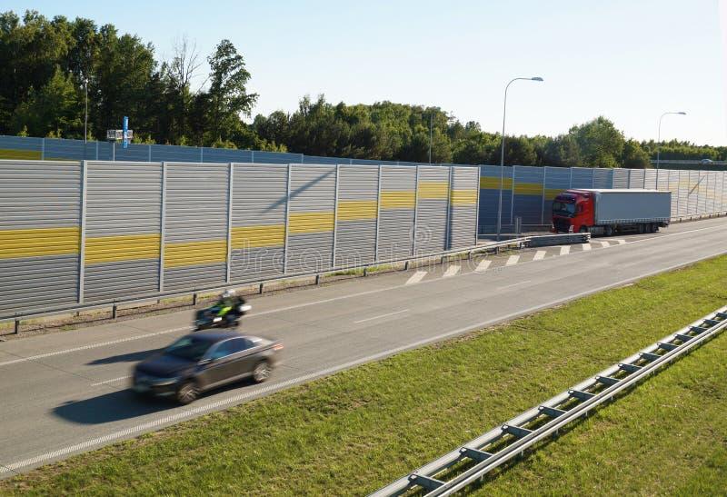 Έξοδος από τον αυτοκινητόδρομο στην περιοχή υπολοίπου στοκ εικόνες